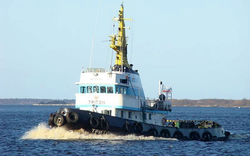 "Tug ""Triton"" - for sale"